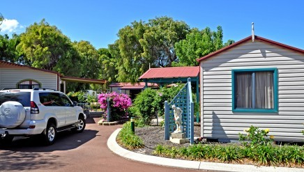 emu beach holiday park chalets